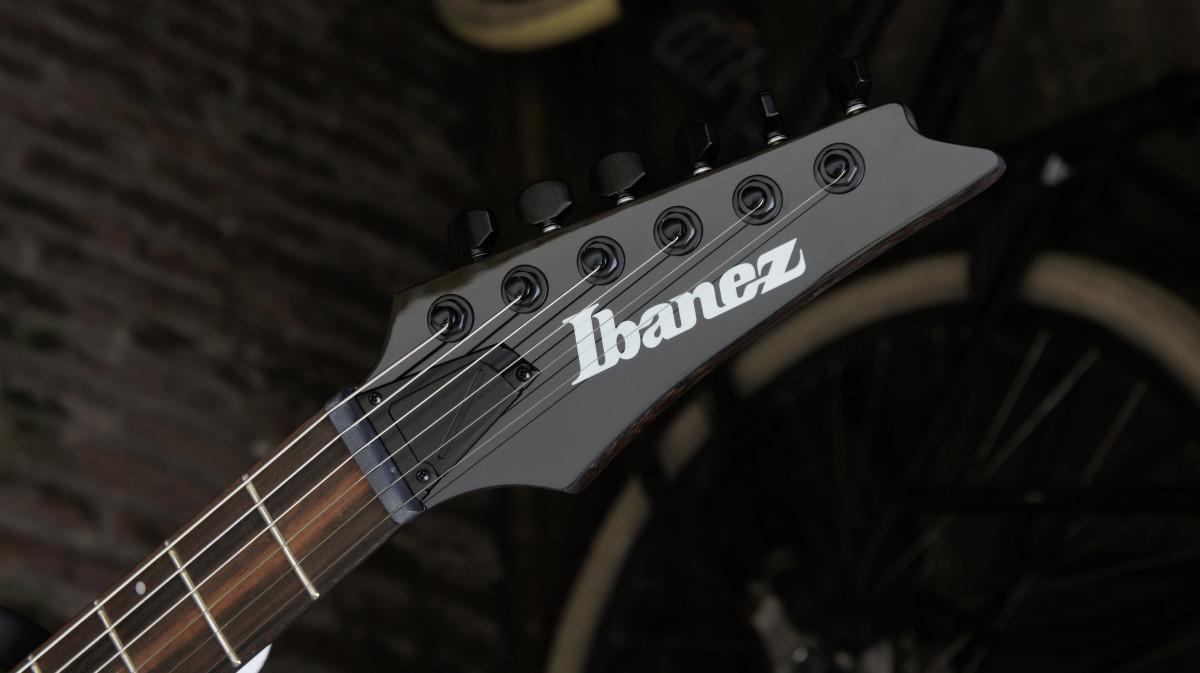 Ibanez RGD61ALA Axion Label