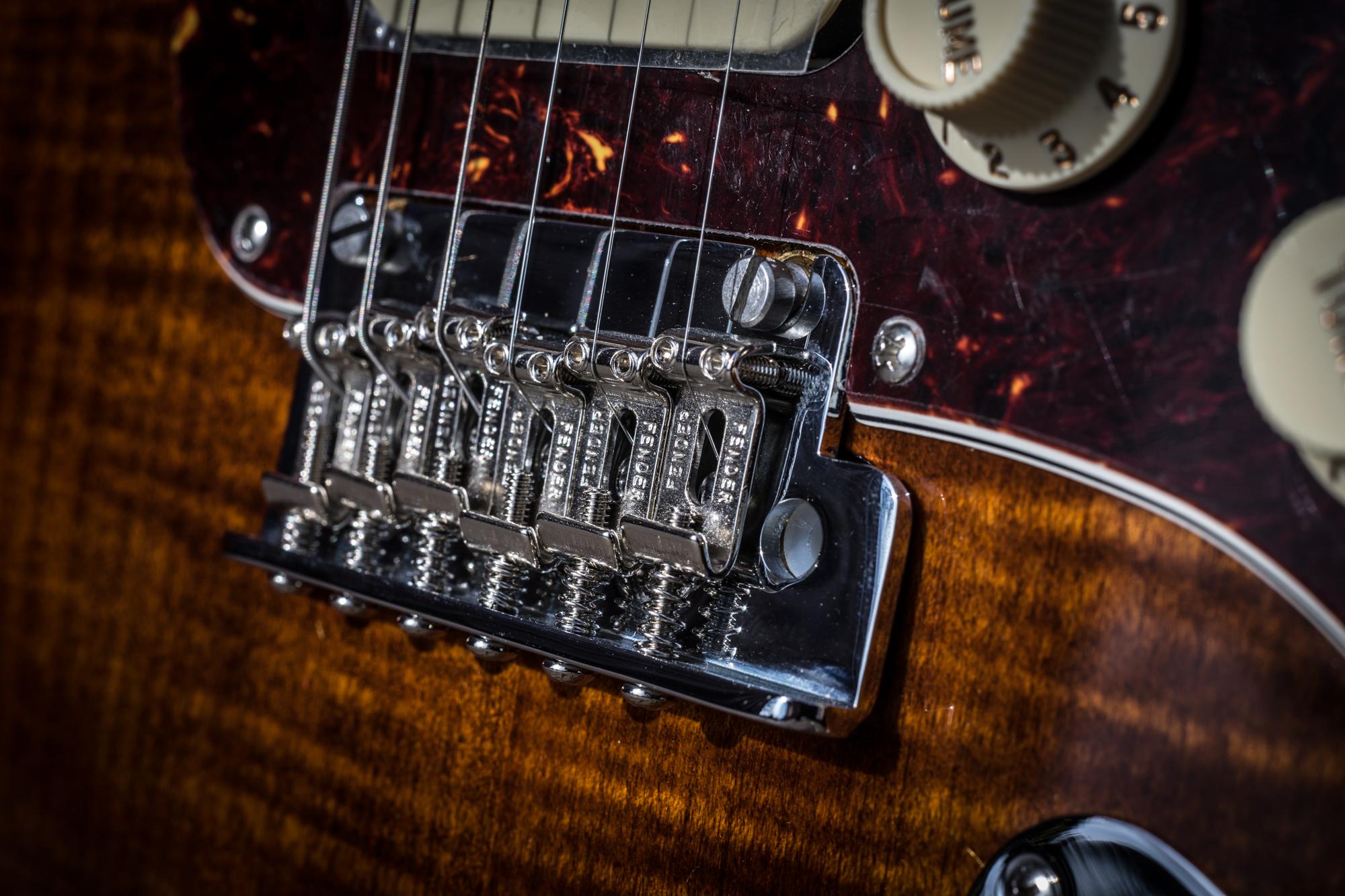 Fender Rarities Series Flame Maple Top Stratocaster - 2021 - Golden Brown - NAMM2019 Model