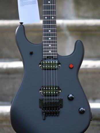 EVH 5150® SERIES STANDARD EBONY – Stealth Black