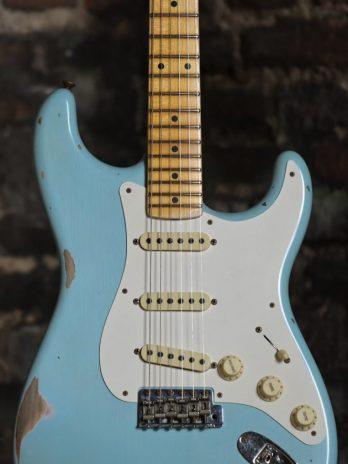Fender Custom Shop 1957 Stratocaster Relic – Faded Aged Daphne Blue