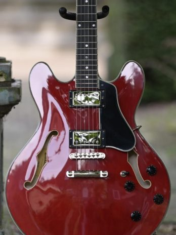 Eastman T386 – Red