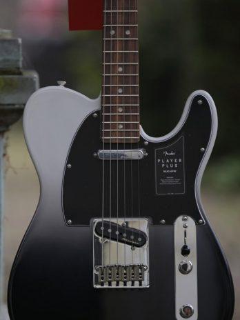 Fender Player Plus Telecaster PF – Silver Smoke